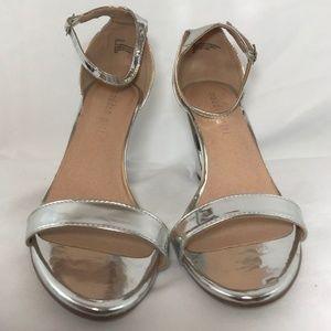 Steve Madden Glossy Silver Ankle Strap/Block Heel
